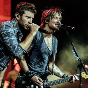 Keith Urban, Brett Eldredge & Maren Morris at Allstate Arena