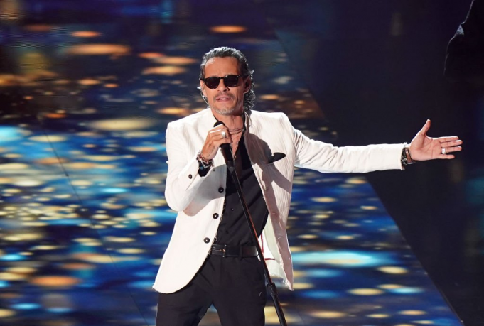 Marc Anthony at Allstate Arena