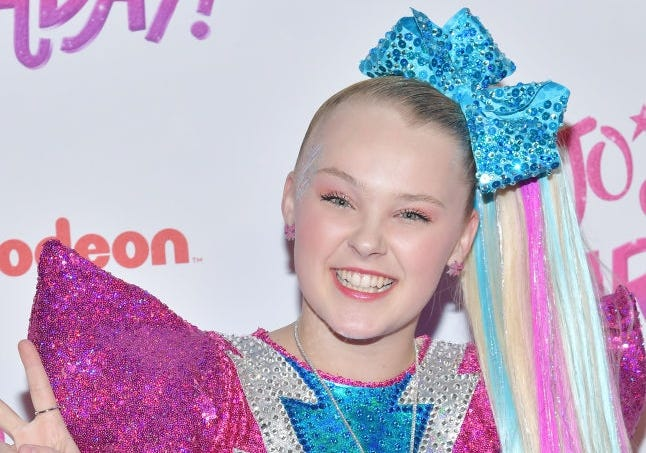 JoJo Siwa at Allstate Arena